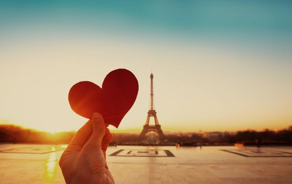 Na romantičen oddih v Pariz