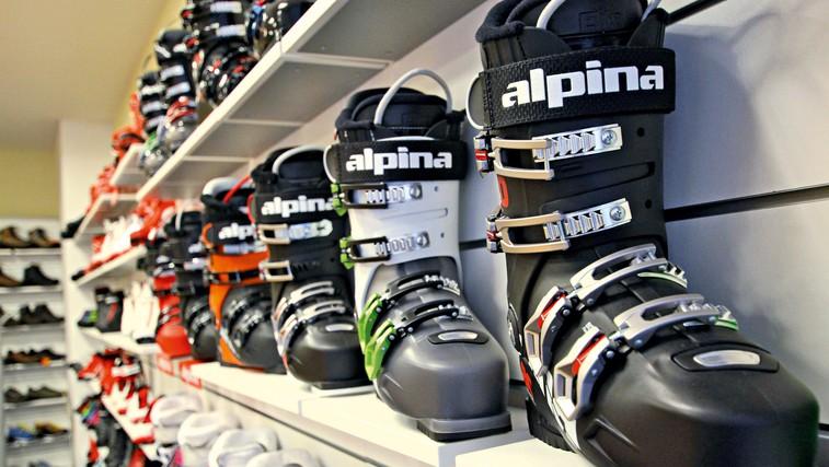 Zakaj so smučarski čevlji še vedno trdi? (foto: Danijel Čančarević)
