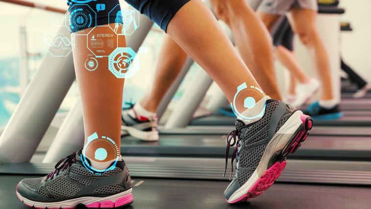 Je tek na tekalni stezi res škodljiv za vaša kolena, tkiva in mišice? (foto: Profimedia)