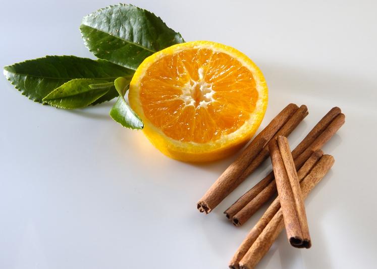 ČAJ ZA MOČNEJŠI IMUNSKI SISTEM Pomaranče so bogate z vitaminom C, ki je znan antioksidant, ki lahko telo zaščiti pred …