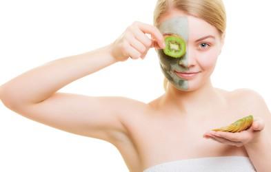 Naravna kozmetika: Ti sadeži so odlični za nego kože