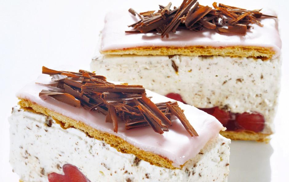 RECEPT: Holandske rezine - s fino vaniljevo kremo (foto: Arhiv revije Lisa)