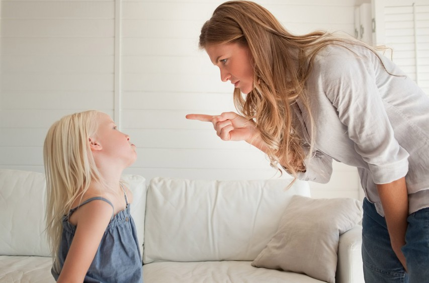 Ali znate svojemu otroku reči odločni in samozavestni NE?