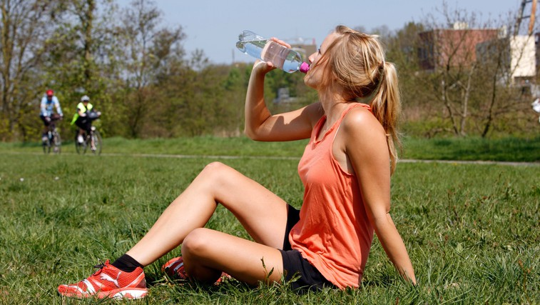 8 'zdravih živil', ki vam lahko pokvarijo tekaško preizkušnjo (foto: Profimedia)
