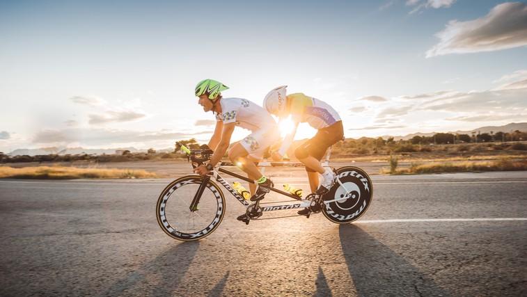 Stopite v čevlje Alena Kobilice in se zapeljite s tandem kolesom (foto: Nino Verdnik)