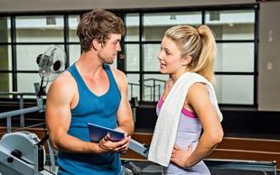 Telesna govorica ljubezni: Kako se spogledujejo ženske in kako moški