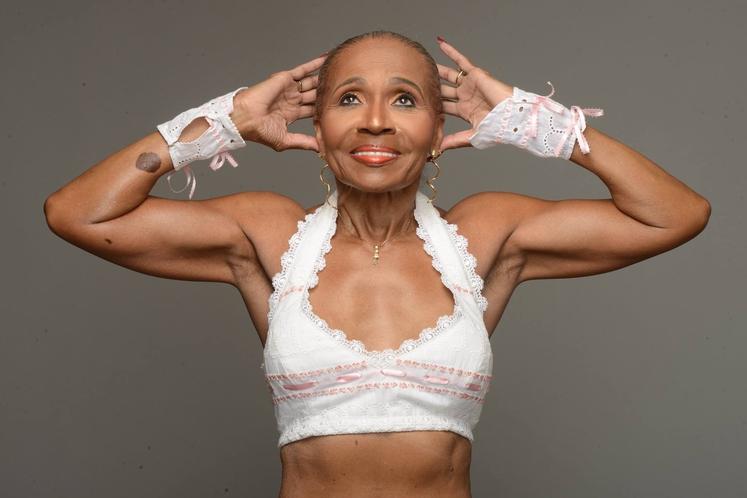 Ernestine Shepherd je pri 80-ih letih osebna trenerka, profesionalni model in aktivna tekmovalka v bodybuilingu. Ernestine pravi, da ...