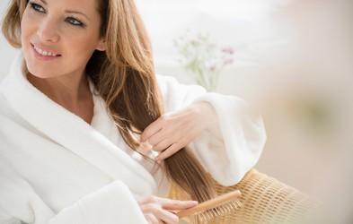 7 navad žensk, ki imajo lepe in močne lase
