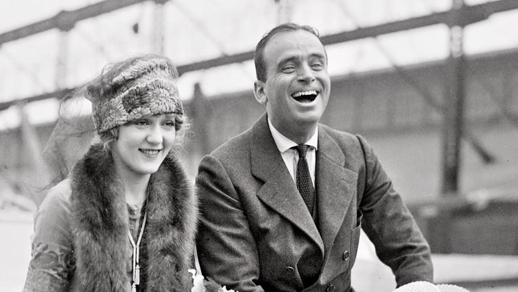 Ljubezenska zgodba: Mary Pickford in Douglas Fairbanks – kako je ljubezen znova podrla vse prepreke (foto: Profimedia)