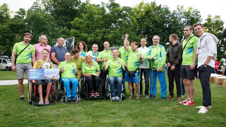 FOTO: Navdihujoč večer s paraolimpijci ob odprtju fotografske razstave 'Energija navdiha' (foto: Helena Kermelj)
