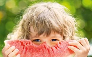 Kaj je pametno in kaj ni priporočljivo jesti v poletni vročini?
