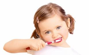 Test zobnih krem za malčke in starejše otroke: So dražje res boljše?