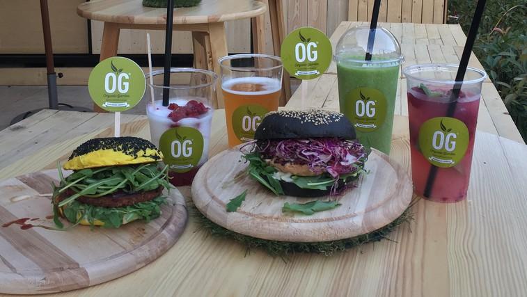 Črni ali rumeni burger? (foto: Promocijsko gradivo)