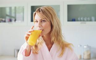 Instant praški z vitamini - zakaj niso primerni kot pijača za žejo?