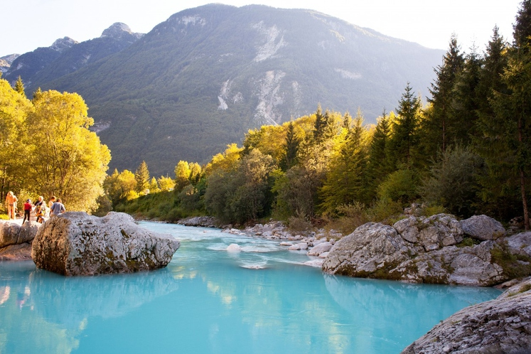 Soča je reka v zahodni Sloveniji in severni Italiji.