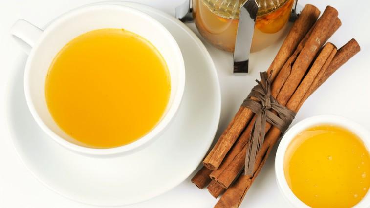 Med in cimet - prava vrelca zdravja (foto: Profimedia)