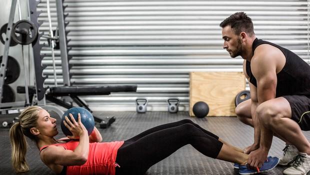 Kako okrepiti mišice in hkrati izgubiti maščobo? (foto: Profimedia)