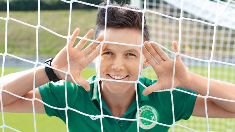 Lucija Grad: Zakaj na nogomet? Zaradi družbe, gibanja na zraku in kolektivnega duha (foto: Goran Antley)