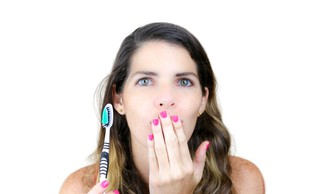 Kaj pomeni, če ima vaša sapa vonj po acetonu?