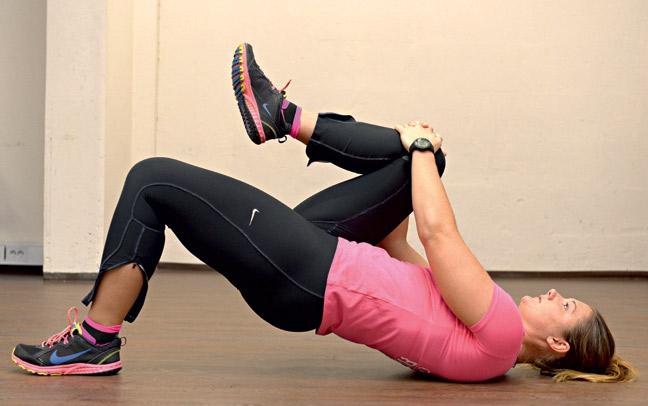 Vaje za mišice zadnjice pomagajo pri premagovanju bolečin v spodnjem delu hrbta, izboljšajo športno odzivnost in preprečujejo bolečine v kolenu. …