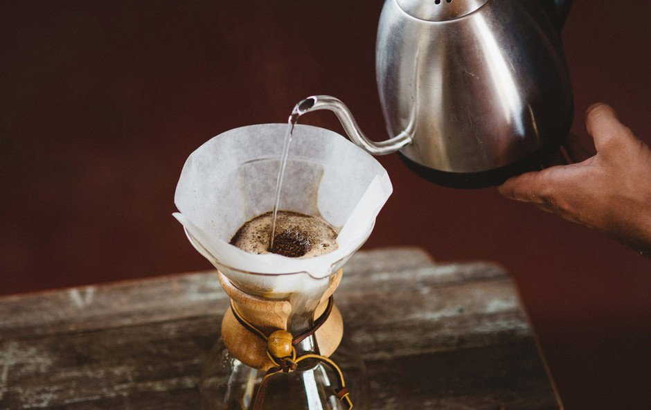 Filtriranje kave - za najboljšo aromo (foto: Profimedia)