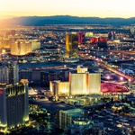 Pogled na nočni Las Vegas. (foto: Aleksander Leon Cvikl, Shutterstock)