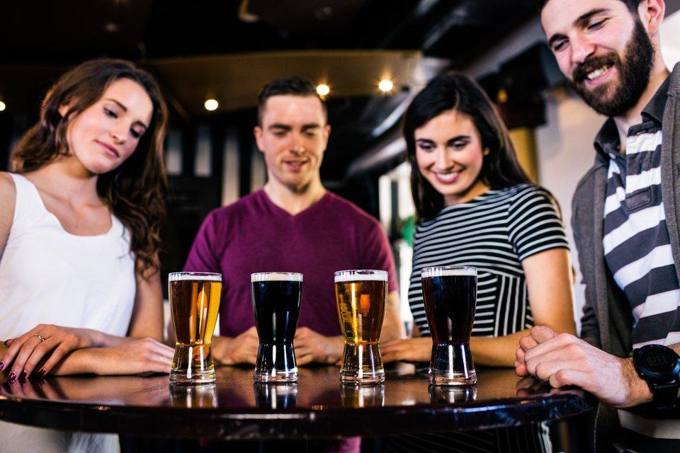 alkohol-pivo-prijatelji