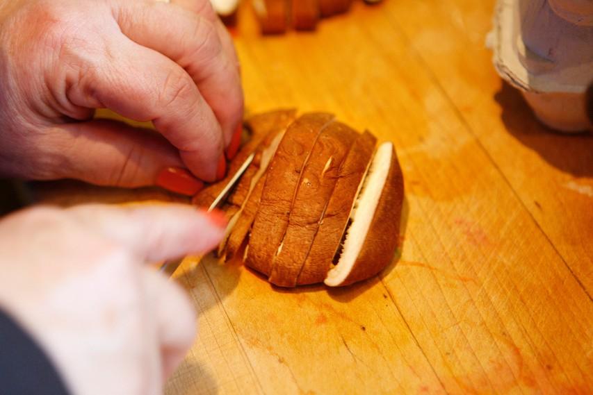 RECEPT: Pečen krompir s šitakami