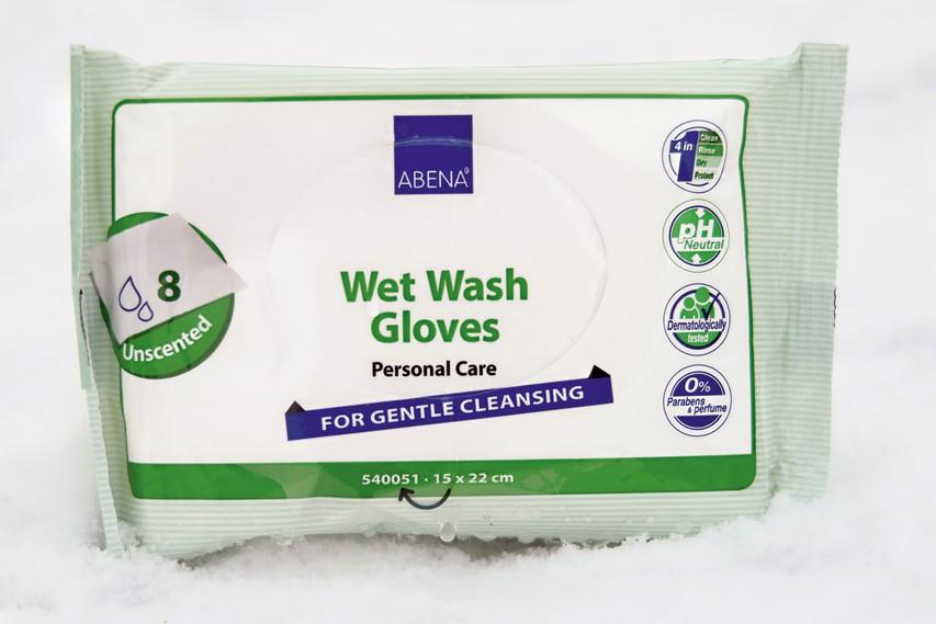 Vlažne umivalne rokavice Abena pa so hitro poskrbele za čisto kožo po napornih treningih.