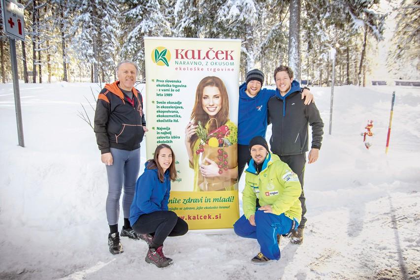 Zahvala trenerjev za darila udeležencem iz Kalčka.