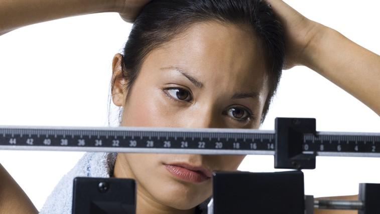 Se gibljete in zdravo prehranjujete, a ne izgubite odvečne teže? Preverite, zakaj. (foto: Profimedia)