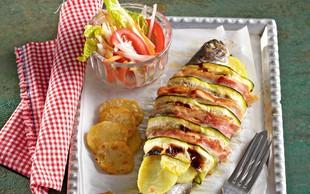 Ideja za kosilo ali večerjo: Postrv s slanino in zelenjavo