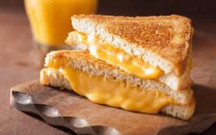 Topljeni sir v lističih ni pravi sir
