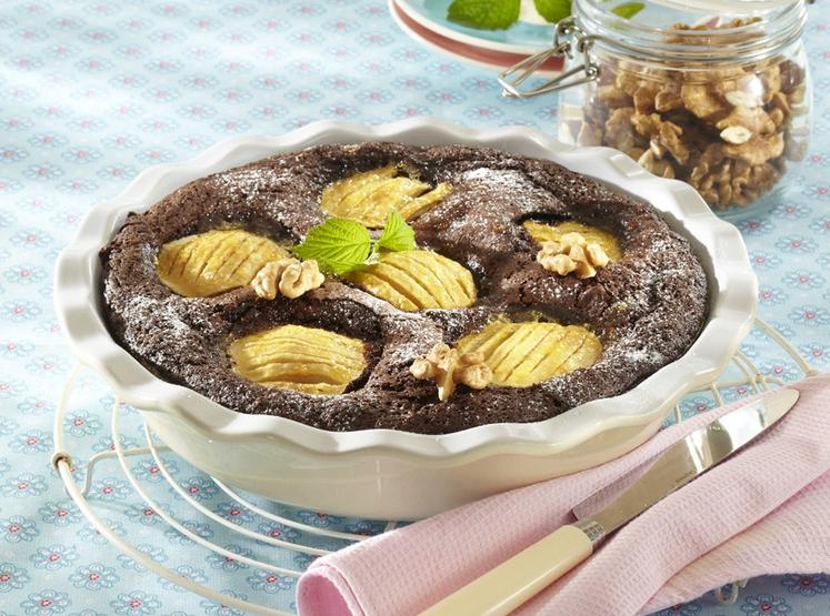 JABOLČNO-OREHOVI RJAVČKI Za 16 kosov potrebujete: • 100 g čokolade • 100 g orehov • 80 g moke • 50 …