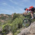 Utrinek s počitnic na gorskem kolesu. (foto: Boštjan Belčič, Didier Panchard In Arhiv Amélie Reymond)