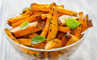 5 odličnih receptov za nekoliko drugačen ocvrt krompirček