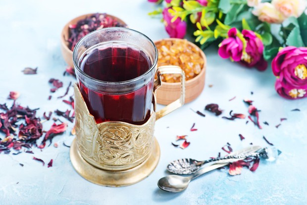 Hibiskusov čaj