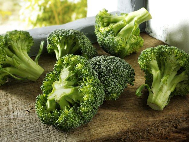 Tudi hrana lahko drži hormone pod nadzorom - Foto: Profimedia