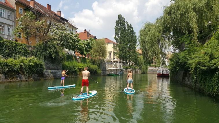 Sup ture: na deski odveslajte skozi središče Ljubljane, do Blejskega otoka ali mimo mariborskega Lenta (foto: Arhiv Bananaway)