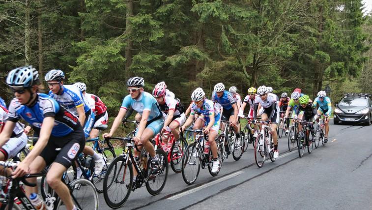 Kolesarska dirka po Sloveniji: Kaj razen kolesarjenja se dogaja med tekmo? (foto: Profimedia)