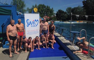 Bi se pomerili na rekreativni plavalni tekmi? To soboto bo v Ljubljani nočna tekma 'Swim To Live'!