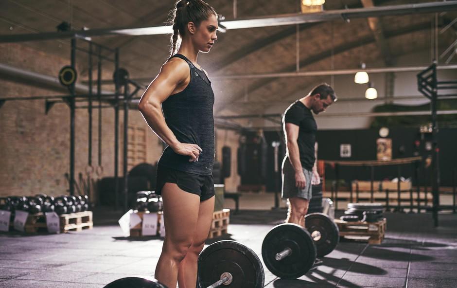 9 dobrih razlogov, zakaj bi ženske morale delati vaje z utežmi (foto: Profimedia)