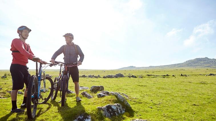 Zakaj bi morali (končno) preizkusiti kolesarjenje? (in kaj drugi vidijo na tem) (foto: Shutterstock)