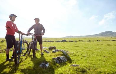 Zakaj bi morali (končno) preizkusiti kolesarjenje? (in kaj drugi vidijo na tem)