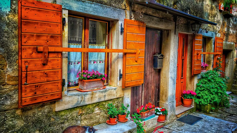 Ideja za izlet: Sprehod po mestecu Grožnjan (foto: Shutterstock)