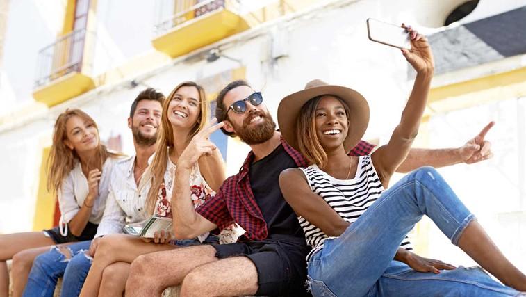 Kako smo vzgojili generacijo, ki nesrečno išče nedosegljiv ideal ljubezni (foto: Shutterstock)