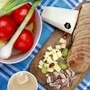 Za zajtrk je bil pripravljen domači kruh, ki ga je spekla Erika Smolak.