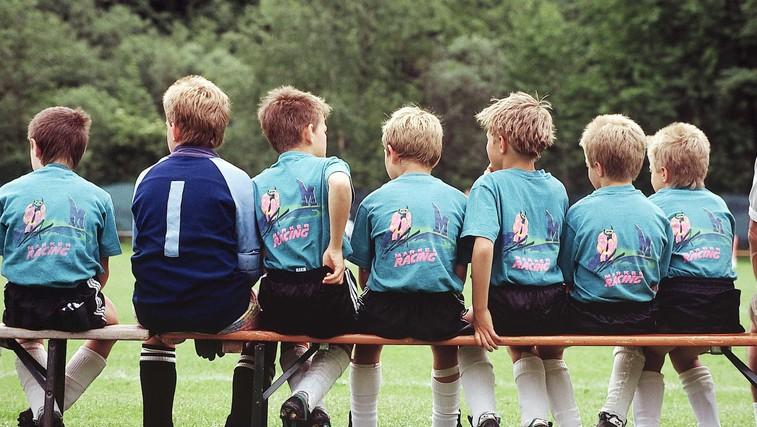 7 koristi, ki jih imajo otroci od ekipnih športov (foto: Profimedia)