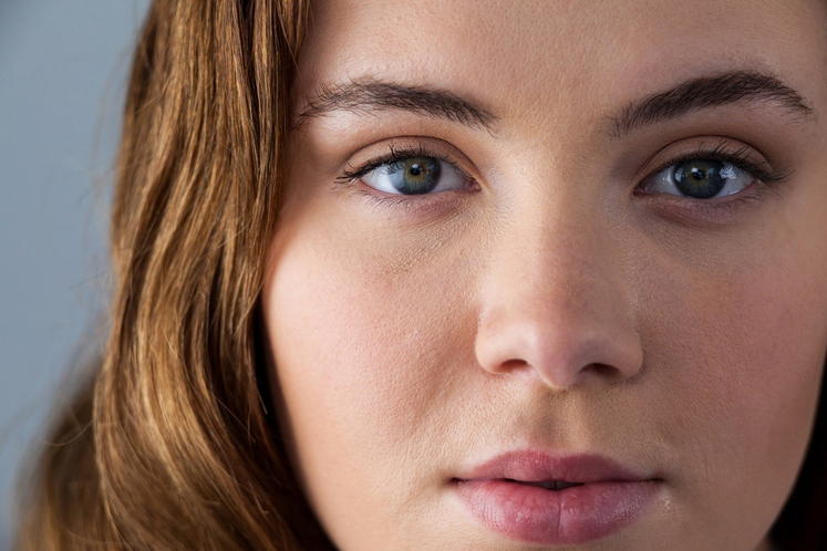 Znanstveniki s švedske univerze Orebro so preučili 428 ljudi, da bi ugotovili, če lahko njihovo osebnost povežejo z barvo šarenice …