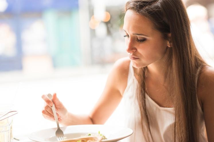Jejte 2 do 3 ure pred tekom Skušajte se izogniti obrokom dve do tri ure pred tekom in vsaj pol …